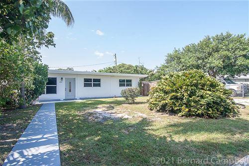 Photo of 2637 SW 50th St, Dania Beach, FL 33312 (MLS # A11077208)