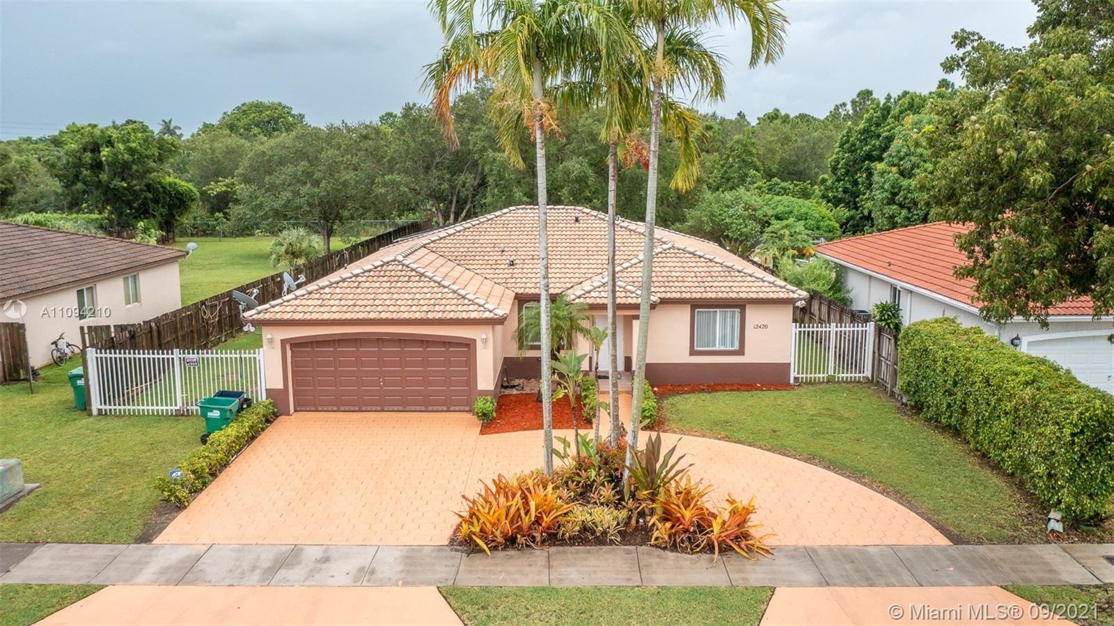 12420 SW 220th St, Miami, FL 33170 - #: A11094210
