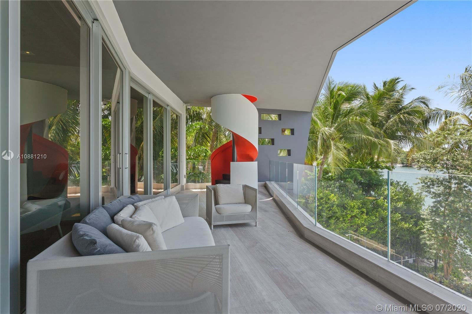 Photo 26 of Listing MLS a10881210 in 370 S Hibiscus Dr Miami Beach FL 33139