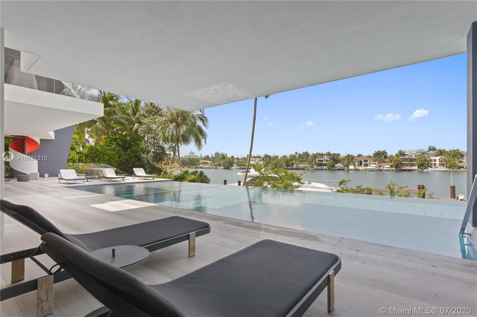 Photo 28 of Listing MLS a10881210 in 370 S Hibiscus Dr Miami Beach FL 33139