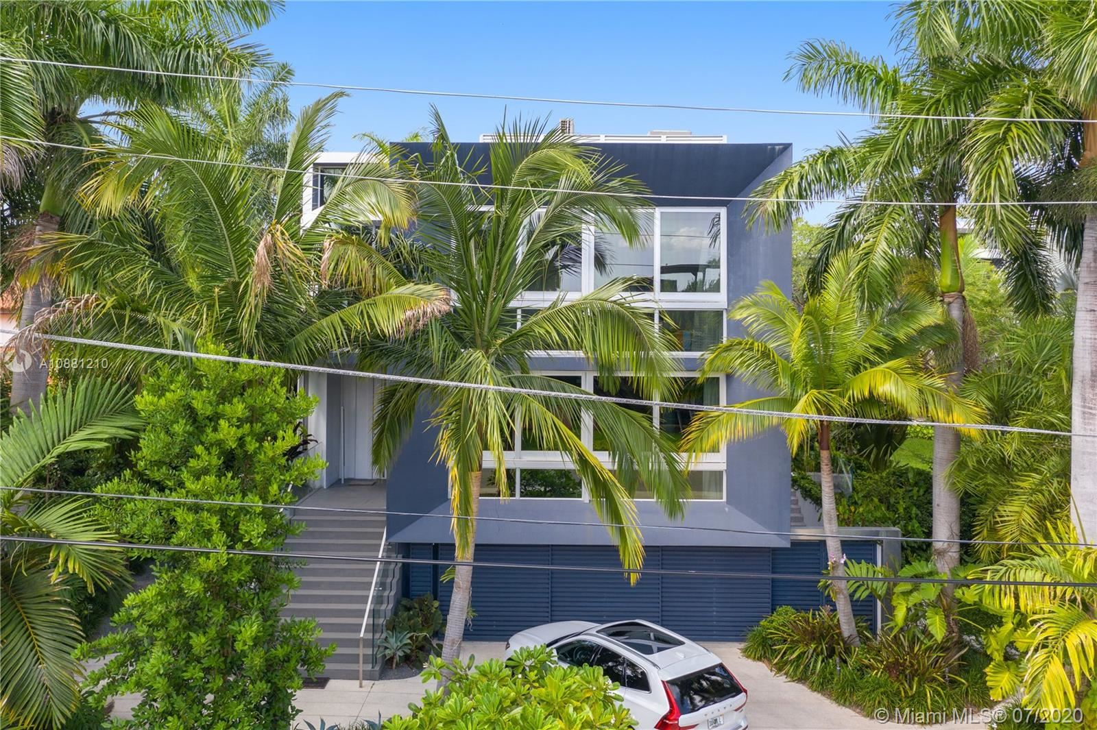 Photo 42 of Listing MLS a10881210 in 370 S Hibiscus Dr Miami Beach FL 33139