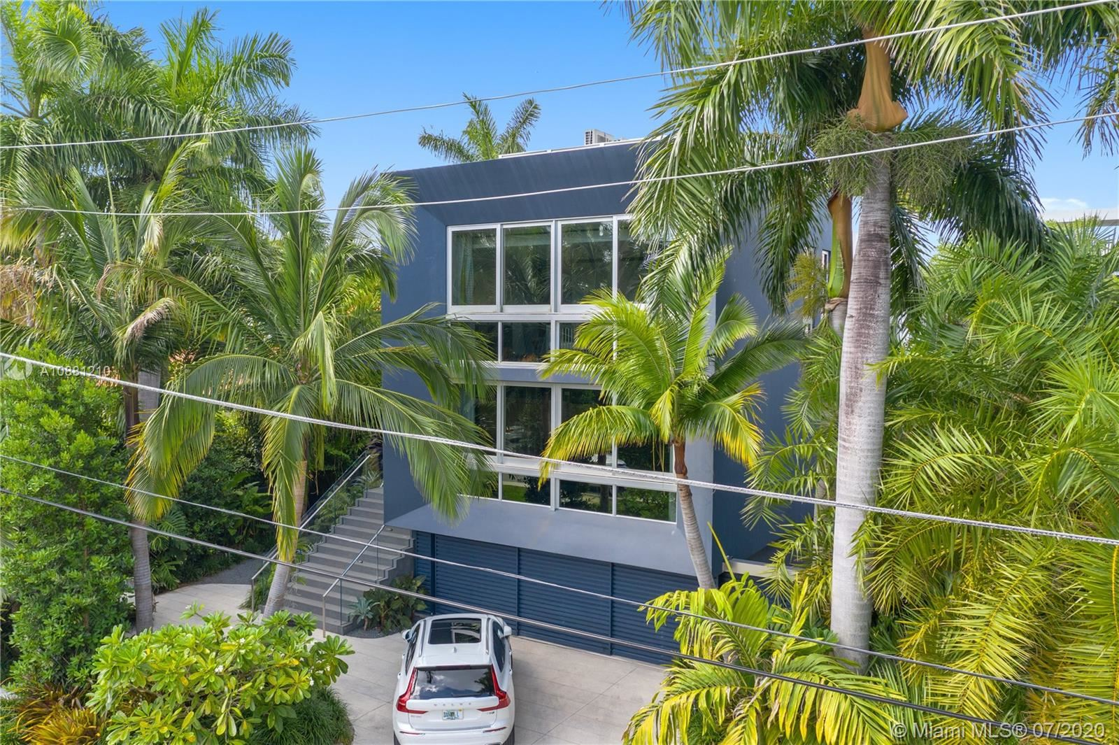 Photo 43 of Listing MLS a10881210 in 370 S Hibiscus Dr Miami Beach FL 33139
