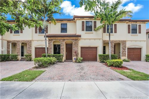 Photo of Listing MLS a10884211 in 11348 SW 234th St #11348 Homestead FL 33032