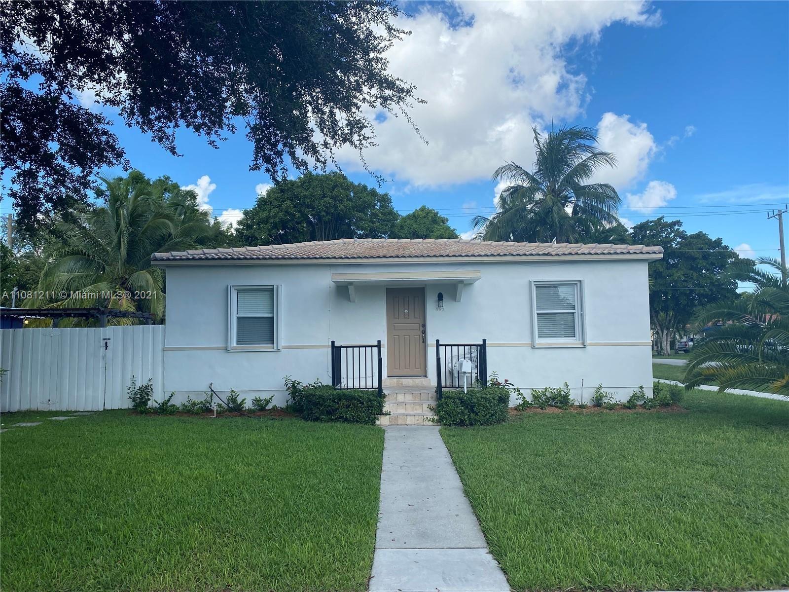 550 Cardinal St, Miami Springs, FL 33166 - #: A11081211