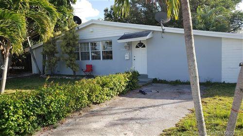 Photo of 19320 N Franjo Rd, Cutler Bay, FL 33157 (MLS # A11034212)