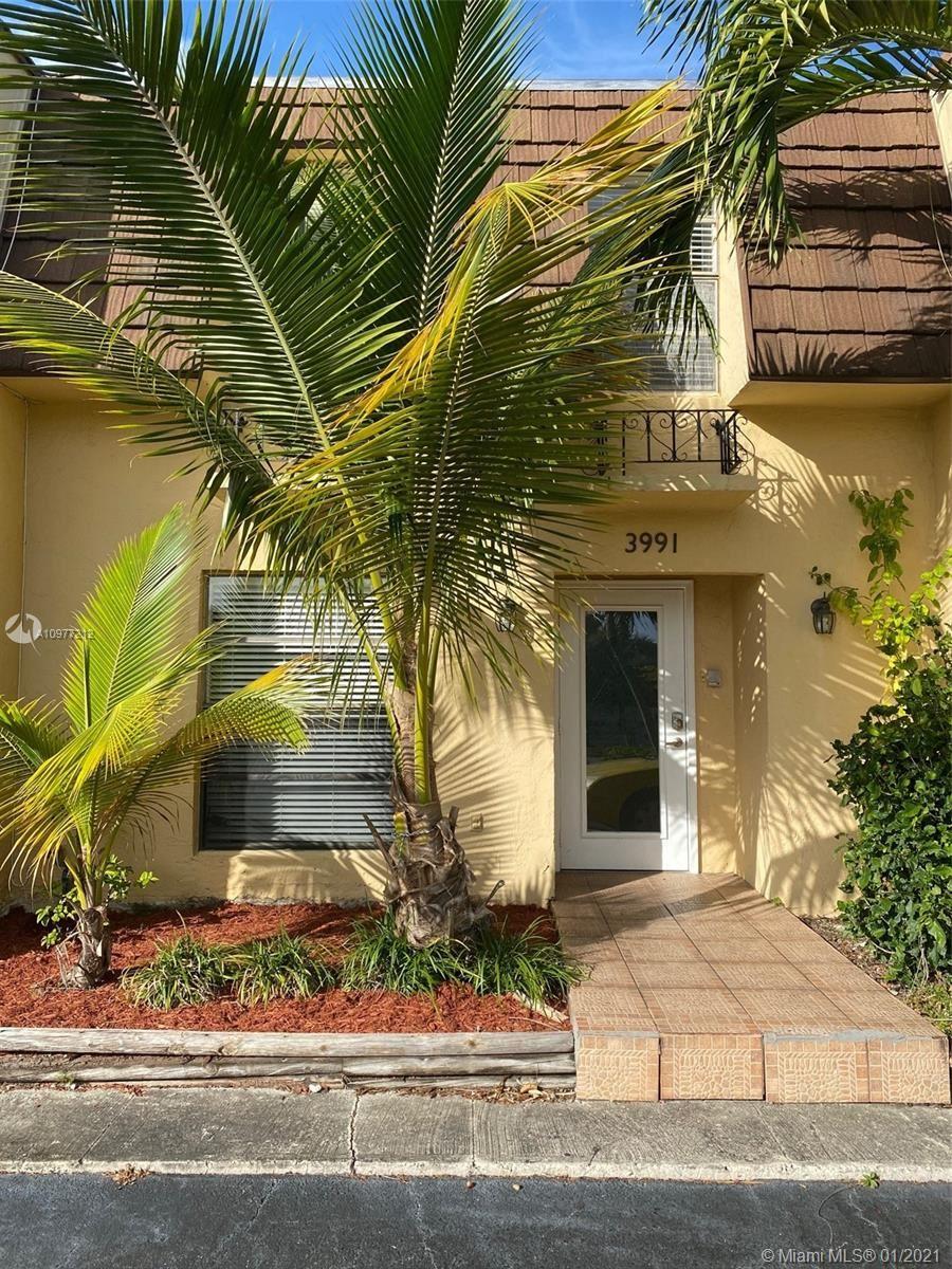 3991 NE 167th St #8, North Miami Beach, FL 33160 - #: A10977212