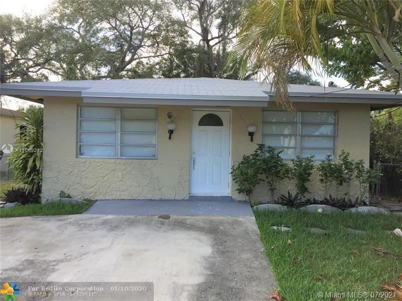 Photo of 18 SW 7th Ave, Dania Beach, FL 33004 (MLS # A11069212)