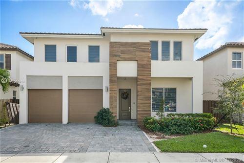 Photo of 15122 SW 176th St, Miami, FL 33187 (MLS # A10961214)