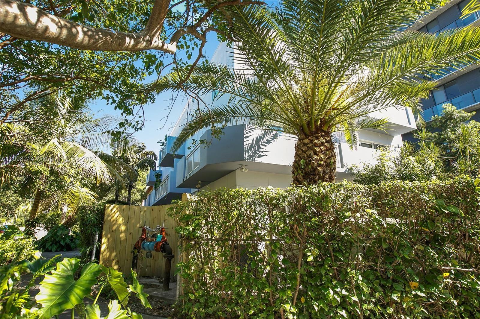 235 SW 17th Rd #104, Miami, FL 33129 - #: A11098214