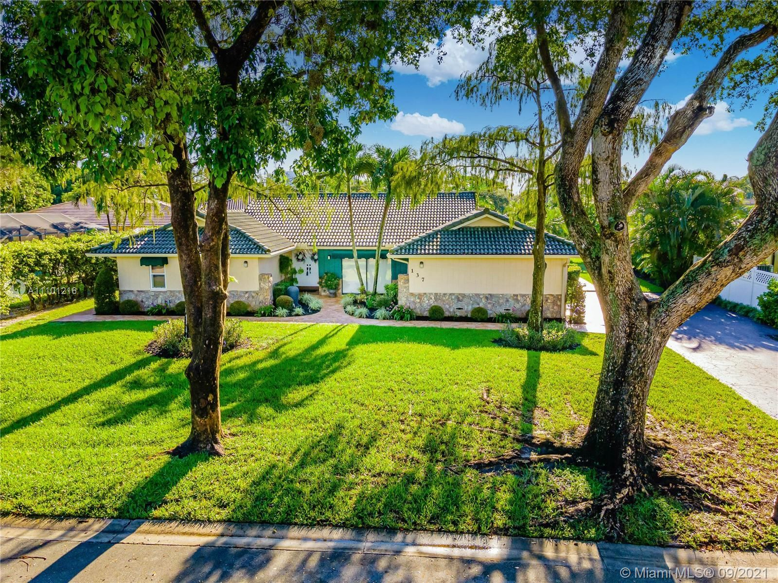 137 NW 101st Ter, Coral Springs, FL 33071 - #: A11101216