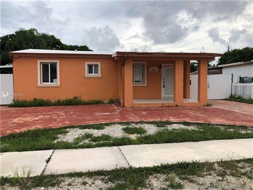 Photo of 646 E 40th St, Hialeah, FL 33013 (MLS # A10928217)
