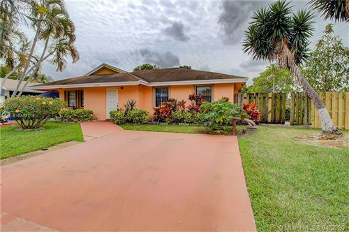 Photo of Listing MLS a10837218 in 5258 NW 29th Ct Margate FL 33063