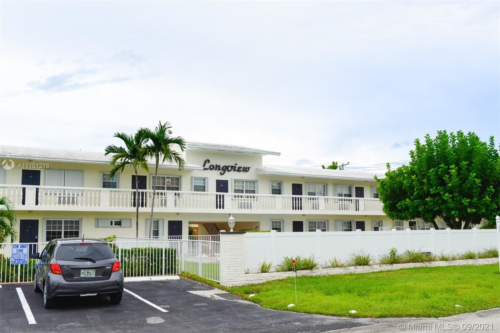 Photo of 5420 NE 22nd Ter #1, Fort Lauderdale, FL 33308 (MLS # A11101218)
