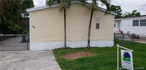 Foto de inmueble con direccion 19800 SW 180th Ave lot 85 Miami FL 33187 con MLS A10870219