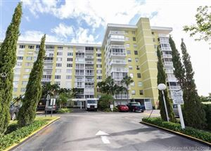 Photo of 4400 Hillcrest Dr #605A, Hollywood, FL 33021 (MLS # A10660222)
