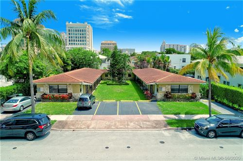 Photo of 214 Salamanca Ave., Coral Gables, FL 33134 (MLS # A10907222)