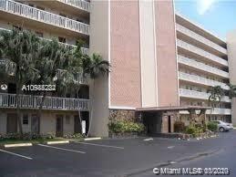 Foto de inmueble con direccion 420 NE 12th Ave #103 Hallandale Beach FL 33009 con MLS A10944222