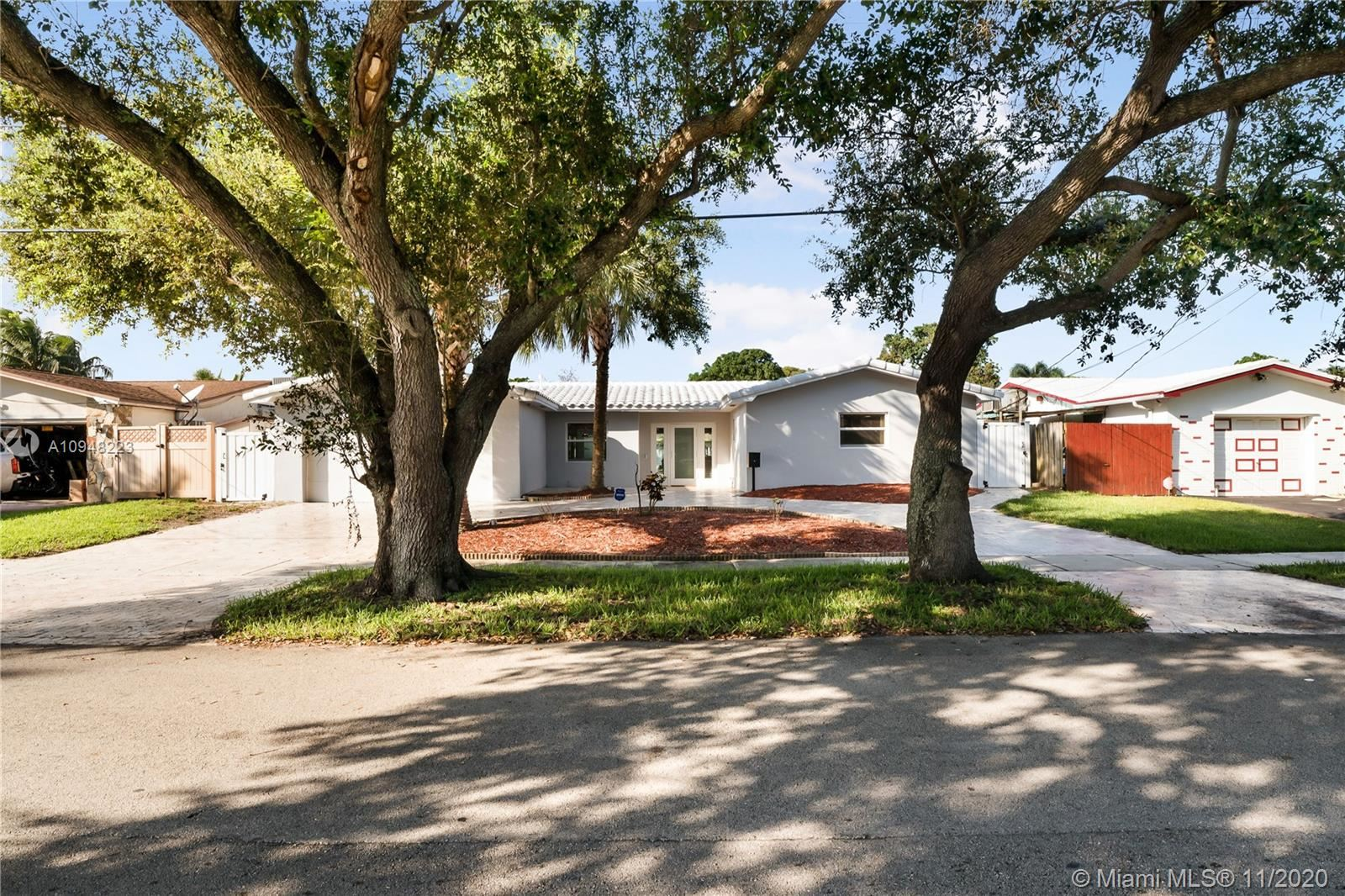 2721 Roosevelt St, Hollywood, FL 33020 - #: A10948223