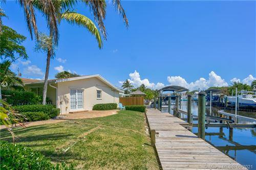 Photo of 2561 Old Donald Ross Rd, Palm Beach Gardens, FL 33410 (MLS # A11056224)