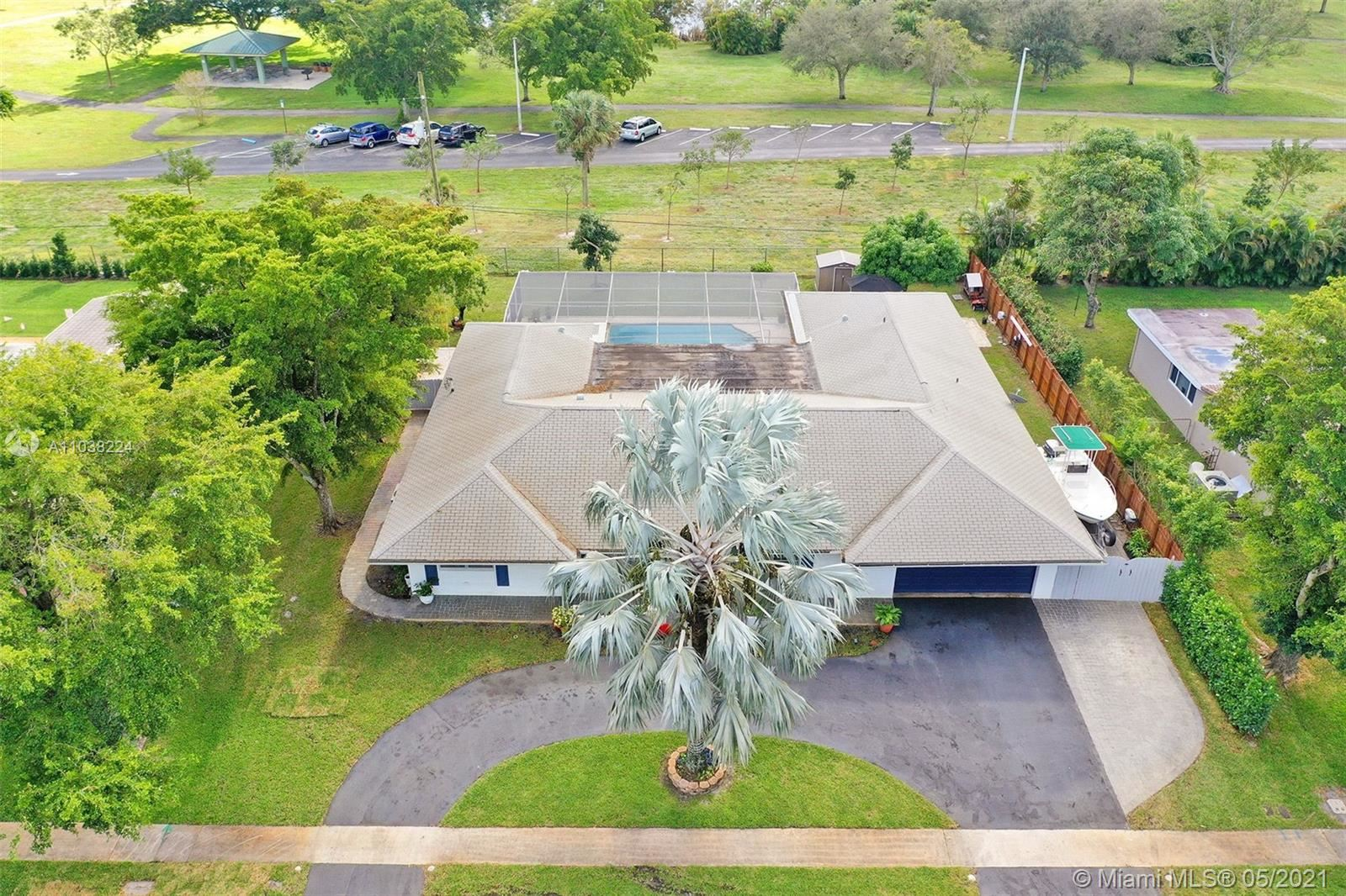 5760 SW 9th St, Plantation, FL 33317 - #: A11038224