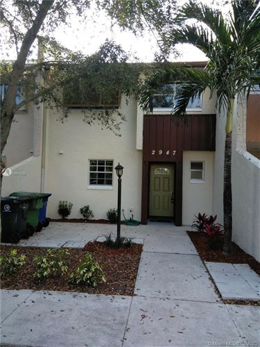 Photo of Listing MLS a10811225 in 2947 NW 68th St Fort Lauderdale FL 33309
