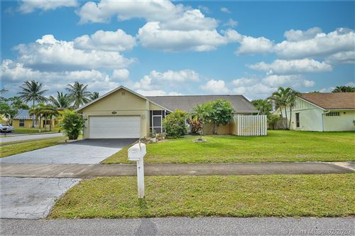Photo of Listing MLS a10815225 in 3700 NW 9th St Delray Beach FL 33445