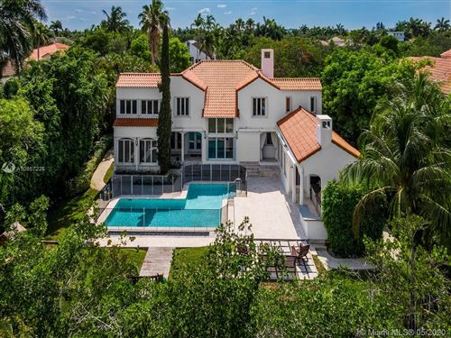 Photo of Listing MLS a10857225 in 275 Costanera Rd Coral Gables FL 33143