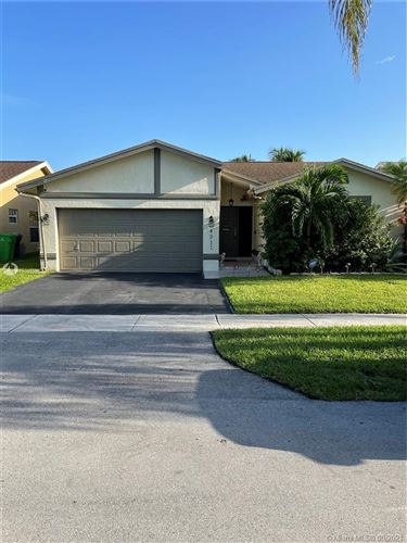 Photo of 4311 NW 103rd Ave, Sunrise, FL 33351 (MLS # A11099225)