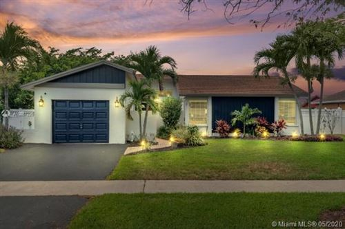Photo of Listing MLS a10857226 in 303 NW 41st Ave Deerfield Beach FL 33442