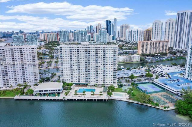 300 Bayview Dr #108, Sunny Isles, FL 33160 - #: A11096226