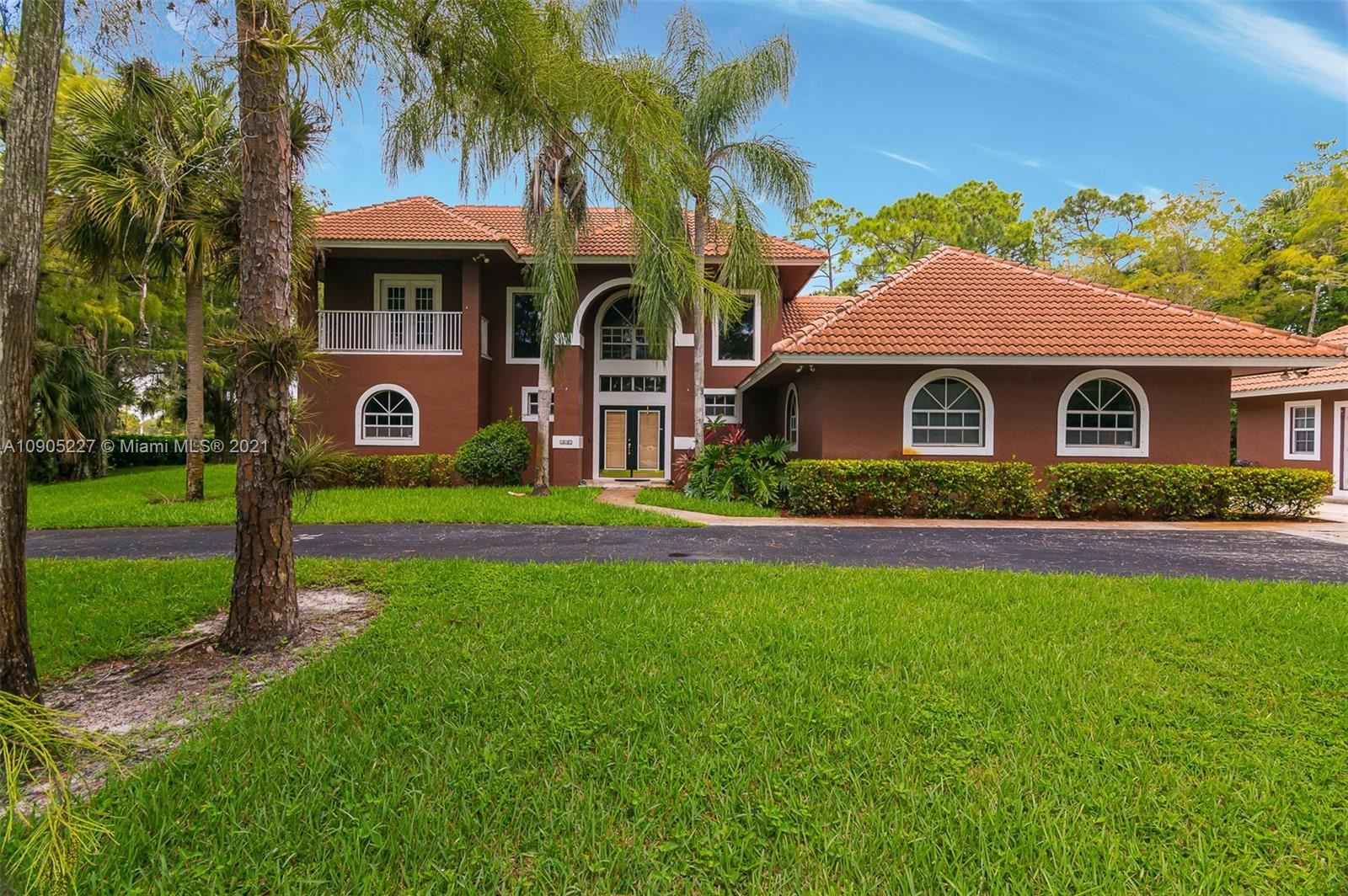 827 Squire Dr, Wellington, FL 33414 - #: A10905227