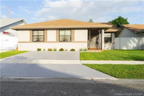 Photo of 17971 SW 134th Ct, Miami, FL 33177 (MLS # A10955228)
