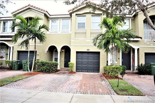 Photo of Listing MLS a10787229 in 1422 SE 26 Ave Homestead FL 33035