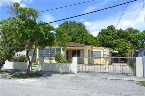 Foto de inmueble con direccion 420 NW 44th Ave Miami FL 33126 con MLS A10879229