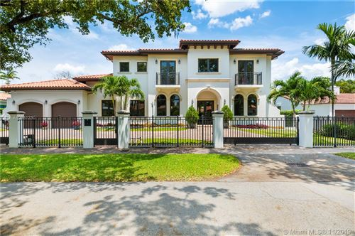 Photo of 629 Madeira Ave, Coral Gables, FL 33134 (MLS # A10661230)