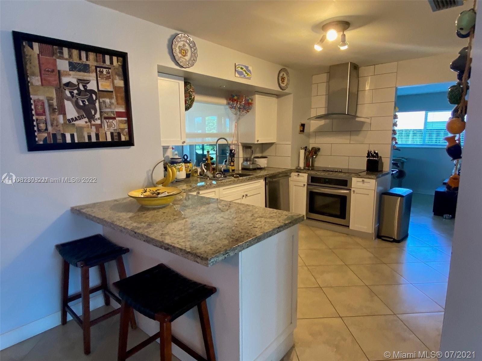 4733 Washington Street, Hollywood, FL 33021 - #: A11106230