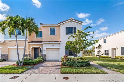 Foto de inmueble con direccion 420 NE 194TH Terrace Miami FL 33179 con MLS A10603231