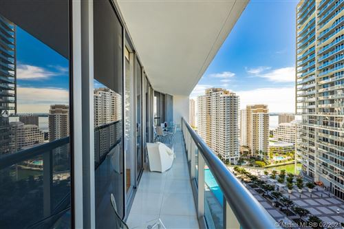 Photo of Listing MLS a10866231 in 475 Brickell Ave #2513 Miami FL 33131