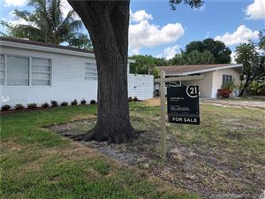 Photo of 132 SW 24th Ave, Fort Lauderdale, FL 33312 (MLS # A10674232)