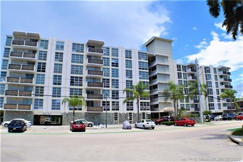 Photo of Listing MLS a10878232 in 9800 W BAY HARBOR DR #602 Bay Harbor Islands FL 33154