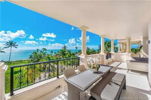Foto de inmueble con direccion 19243 Fisher Island Dr #19243 Miami Beach FL 33109 con MLS A10728233