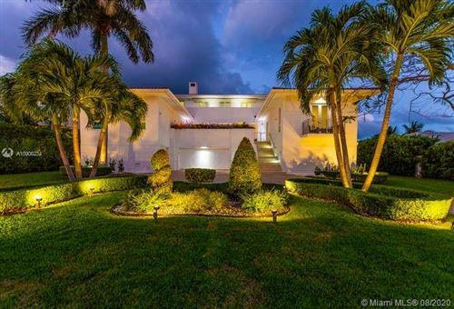 Photo of 6901 Sunrise Pl, Coral Gables, FL 33133 (MLS # A10906234)