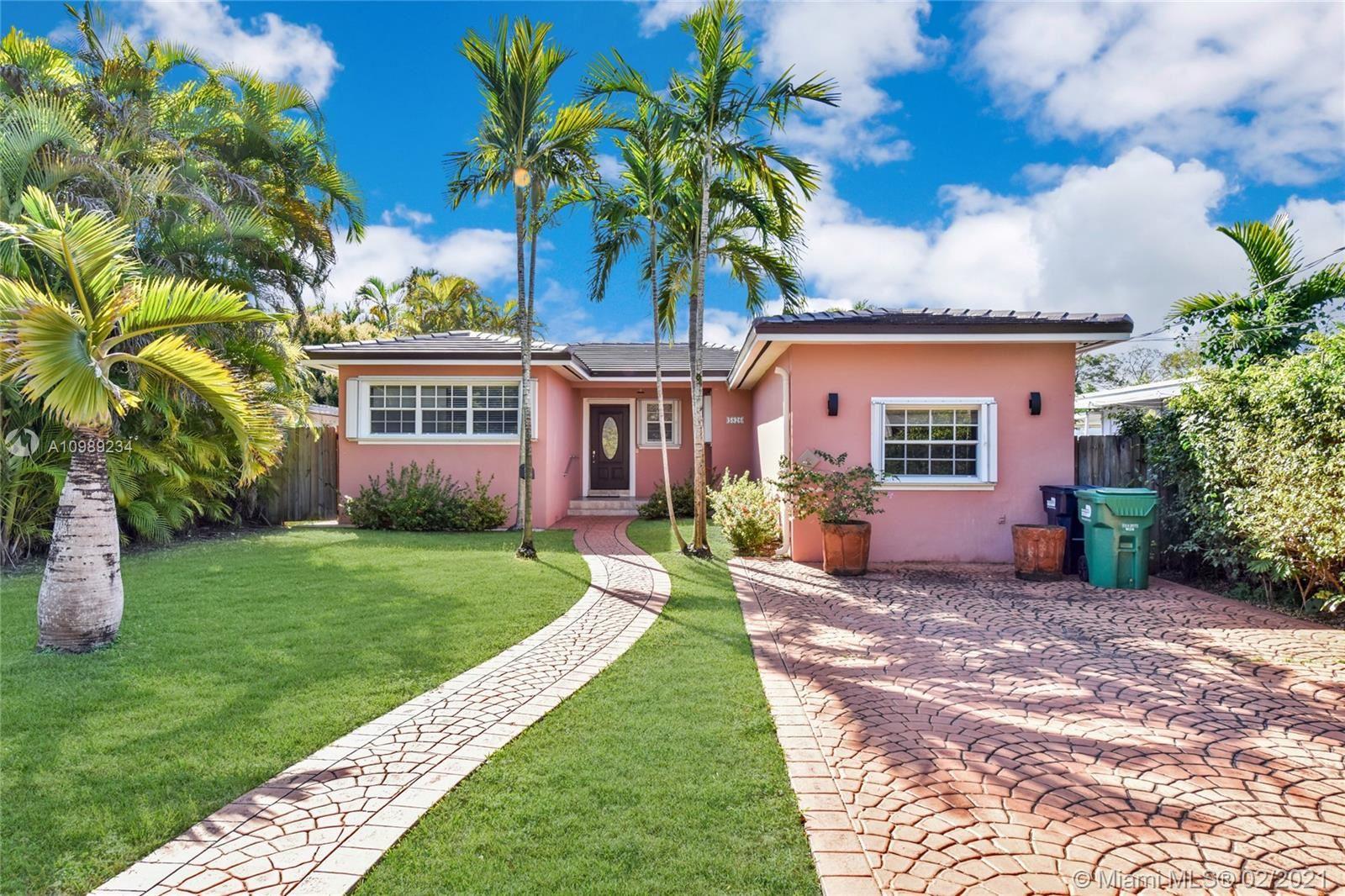 5826 SW 27th St, Miami, FL 33155 - #: A10989234