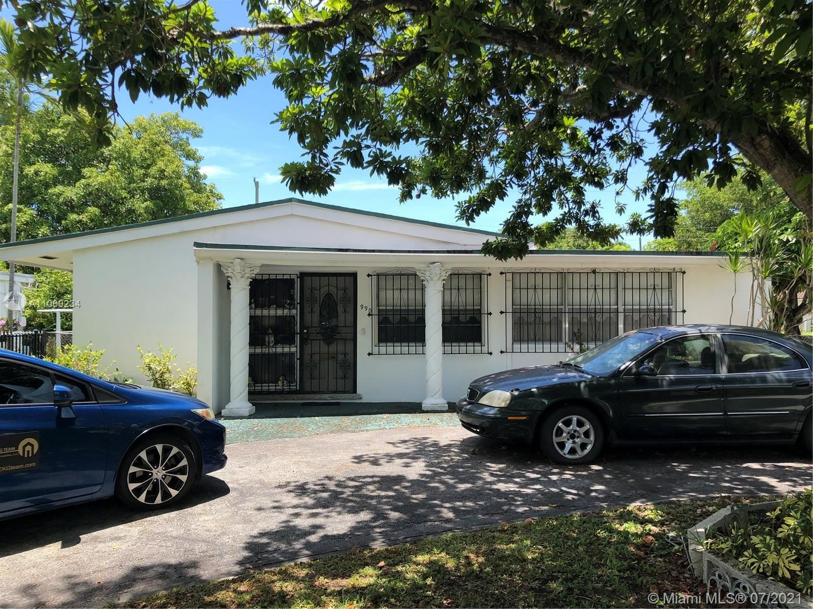 990 NW 132nd St, North Miami, FL 33168 - #: A11069234