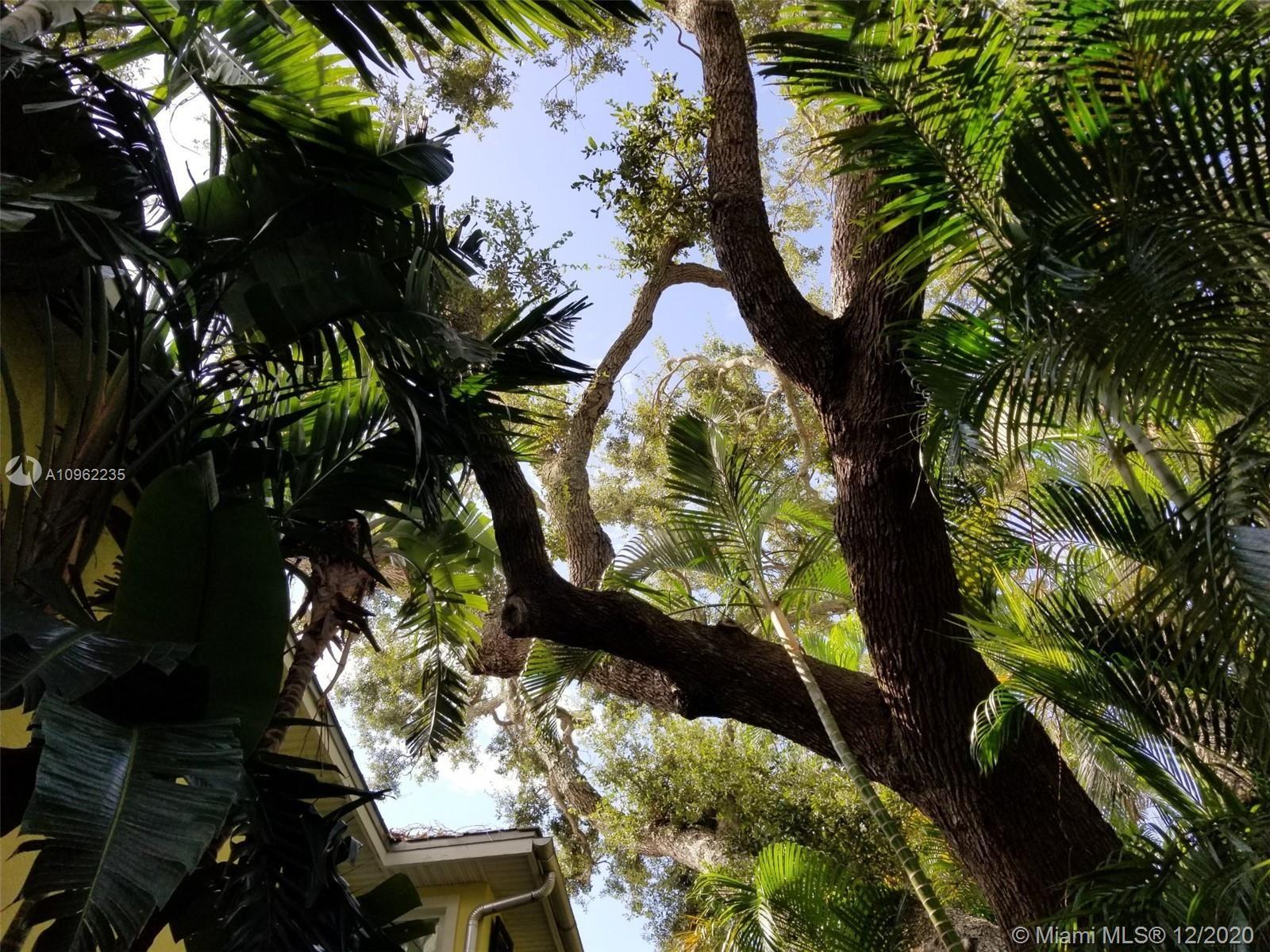 733 Fernwood Dr, West Palm Beach, FL 33405 - #: A10962235