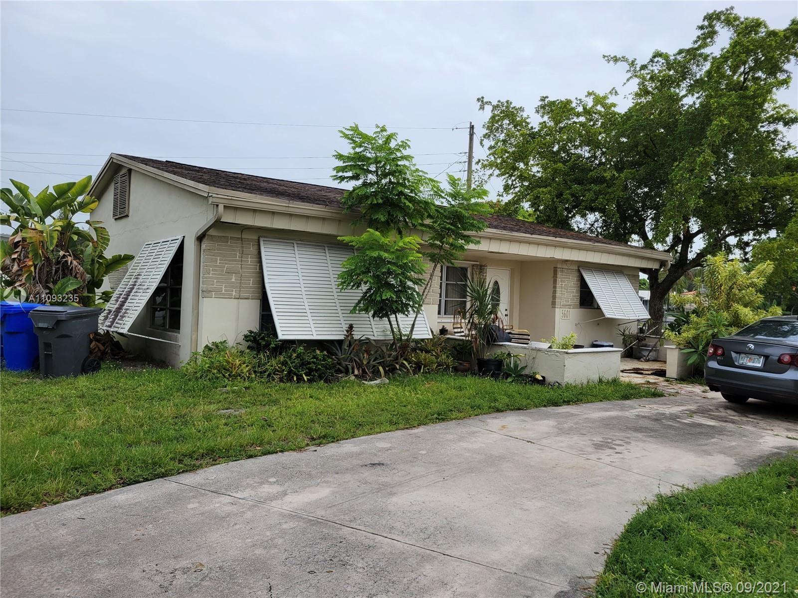 5601 Arthur St, Hollywood, FL 33021 - #: A11093235