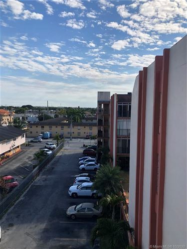 Foto de inmueble con direccion 305 W 68th St #509 Hialeah FL 33014 con MLS A10814236