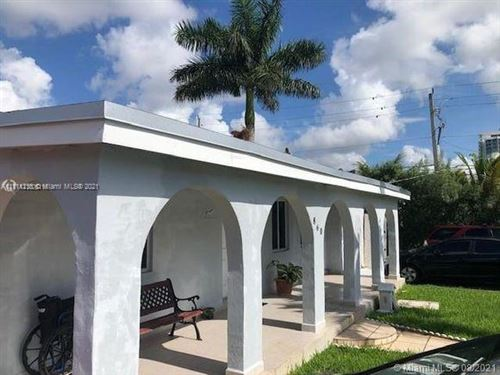 Photo of 860 NW 19 CT, Miami, FL 33125 (MLS # A11111236)