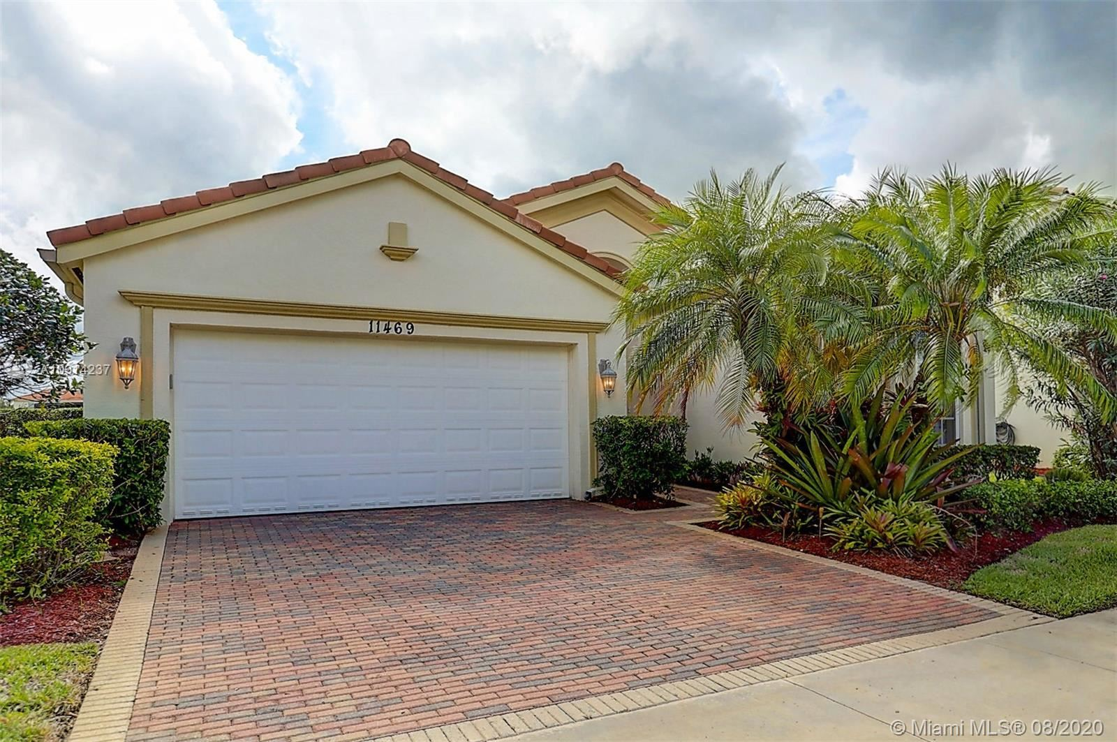 11469 SW Kingslake Cir, Port Saint Lucie, FL 34987 - #: A10914237