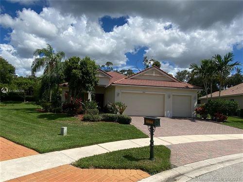 Photo of 8924 New Hope Ct, Royal Palm Beach, FL 33411 (MLS # A11068238)